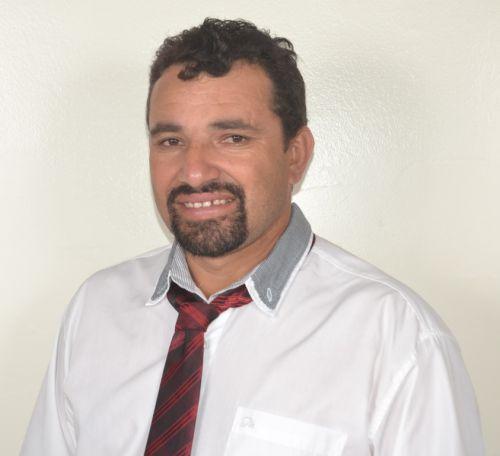 Valderi Higino dos Santos - 2º Secretário