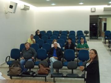 Alunos Bom Negócio Paraná tem consultoria e palestra sobre linhas de crédito da Fomento-PR