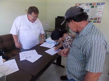 Liberado o primeiro microcrédito da FOMENTO-PR para pequenos empreendedores de Curiúva