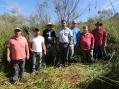 Equipe técnica da SANEPAR visita o local de construção da rede de esgoto sanitário em Curiúva
