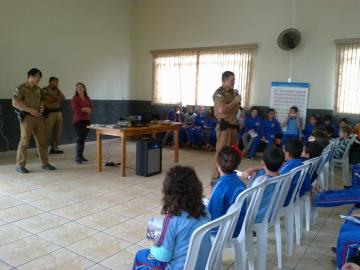Alunos municipais participam de palestra sobre educação no trânsito