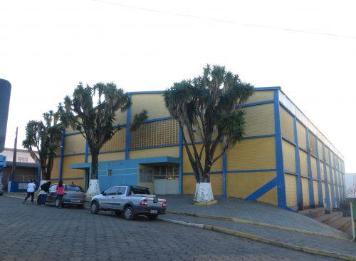 Secretaria de Educação esclarece situação do Ginásio de Esportes Caetê