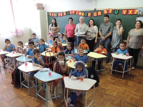 Entregas feitas na Escola Municipal Professora Alvina Prestes