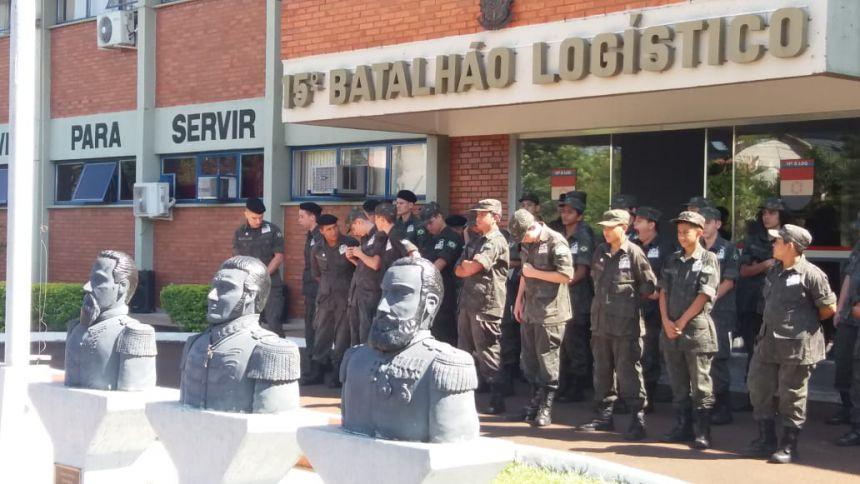 PELOTÃO PELICANO VISITA EXERCITO BRASILEIRO