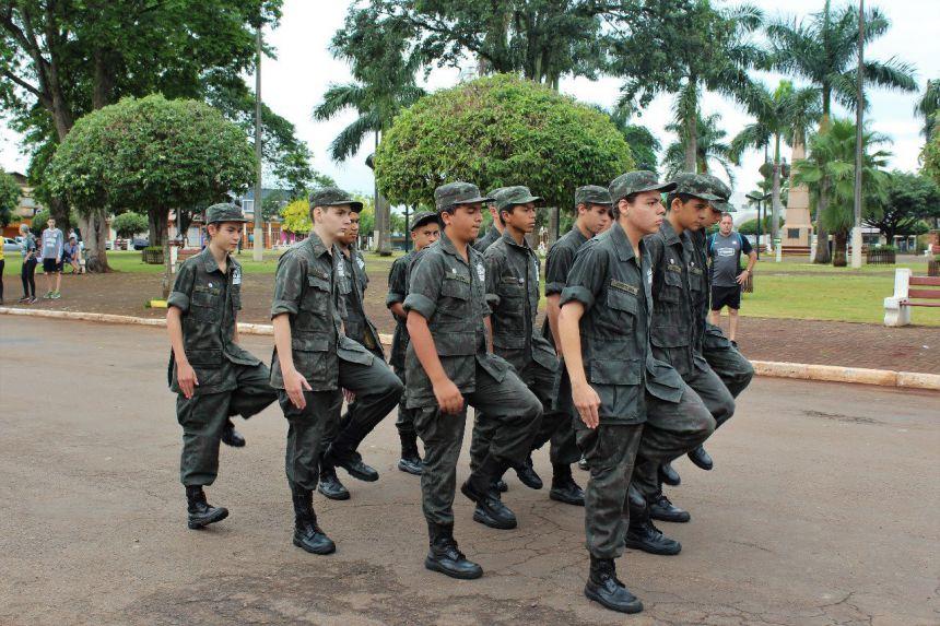 TRILHA AFRO E DA BANDEIRA NA REPUBLICA BRASILEIRA