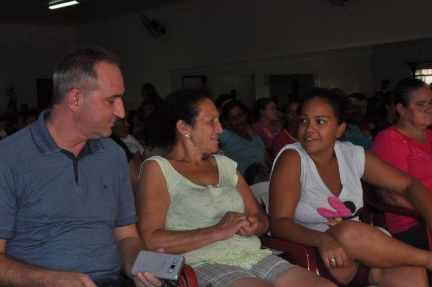 Secretaria de Assist Social e Desenv Social realiza reunião com beneficiários