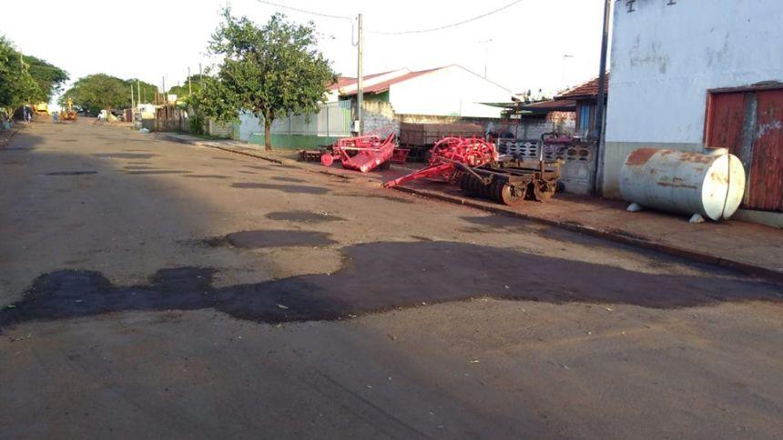 O  Operação Tapa Buraco está ativo na cidade