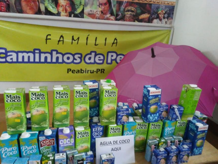 CAMINHADA ROSA ARRECADA AGUA DE COCO