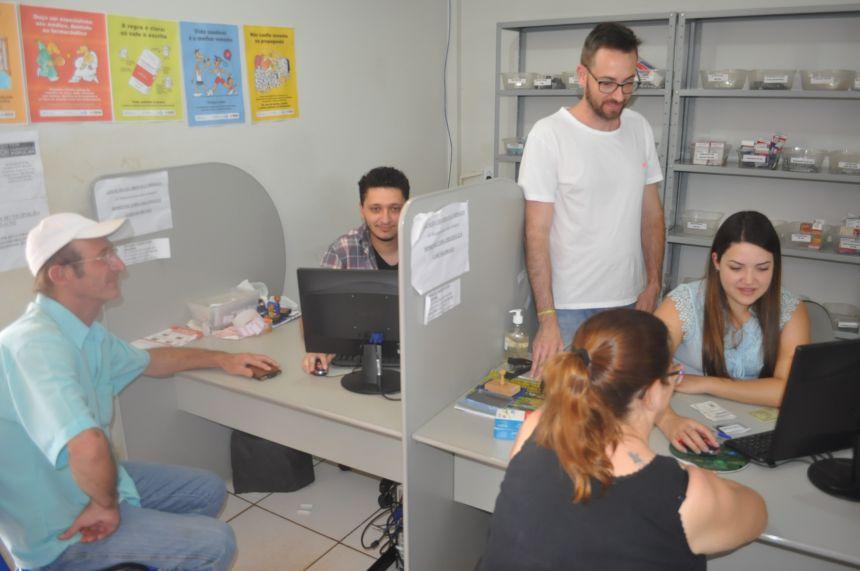 Prefeitura aumenta o número de atendentes na Farmácia Básica