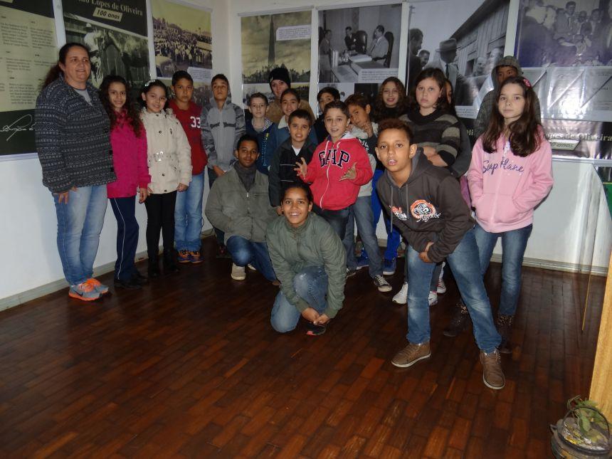 Museu e exposições recebem visita de estudantes de Araruna