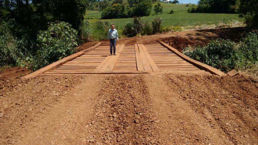 Pontes rurais recebem melhorias em Peabiru