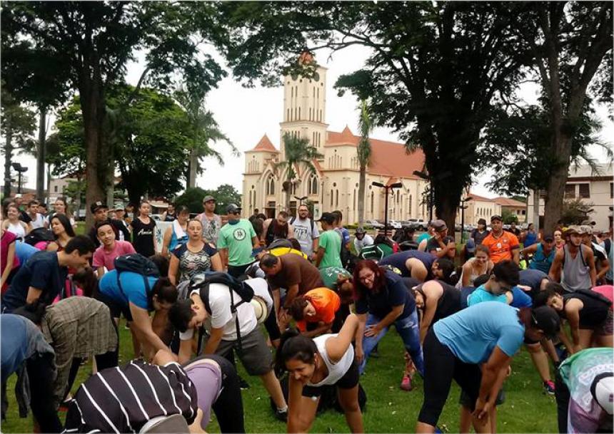Trilha em Peabiru reúne mais de 600 pessoas