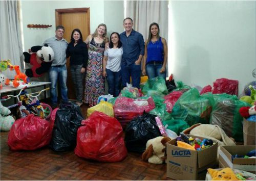 CMEI - Paredes Pintadas e Doações do SESC