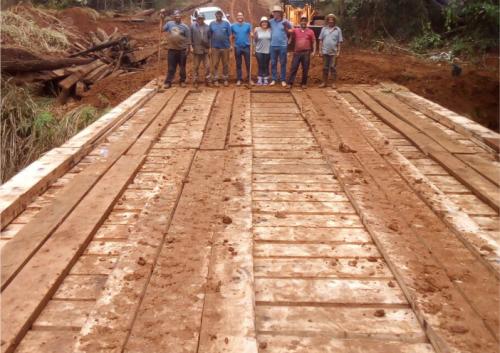Prefeitura reconstrói ponte na área rural