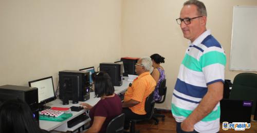 ENTREGA OFICIAL DOS NOVOS COMPUTADORES - OFICINA DO CRAS