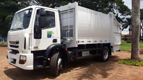 Prefeitura adquiri Caminhão Coletor Compactador