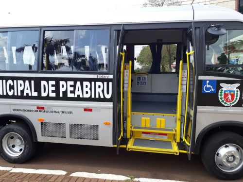 Prefeitura adquiri mais um ônibus para Educação