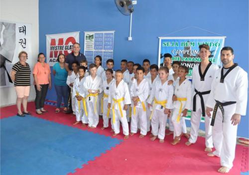 Oficina de Taekwondo realizou o exame de graduação