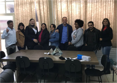 Projeto Agrinho é apresentado ao prefeito Julio Frare
