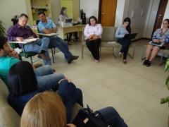 Representantes da prefeitura de Peabiru e da rede