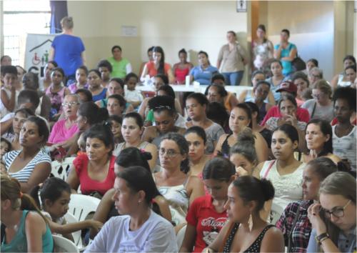 CRAS promove encontro com beneficiários do programa Bolsa Família