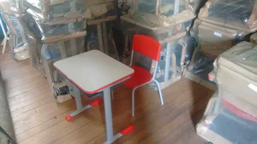 Novos Conjuntos de Mobiliários para as salas de aula
