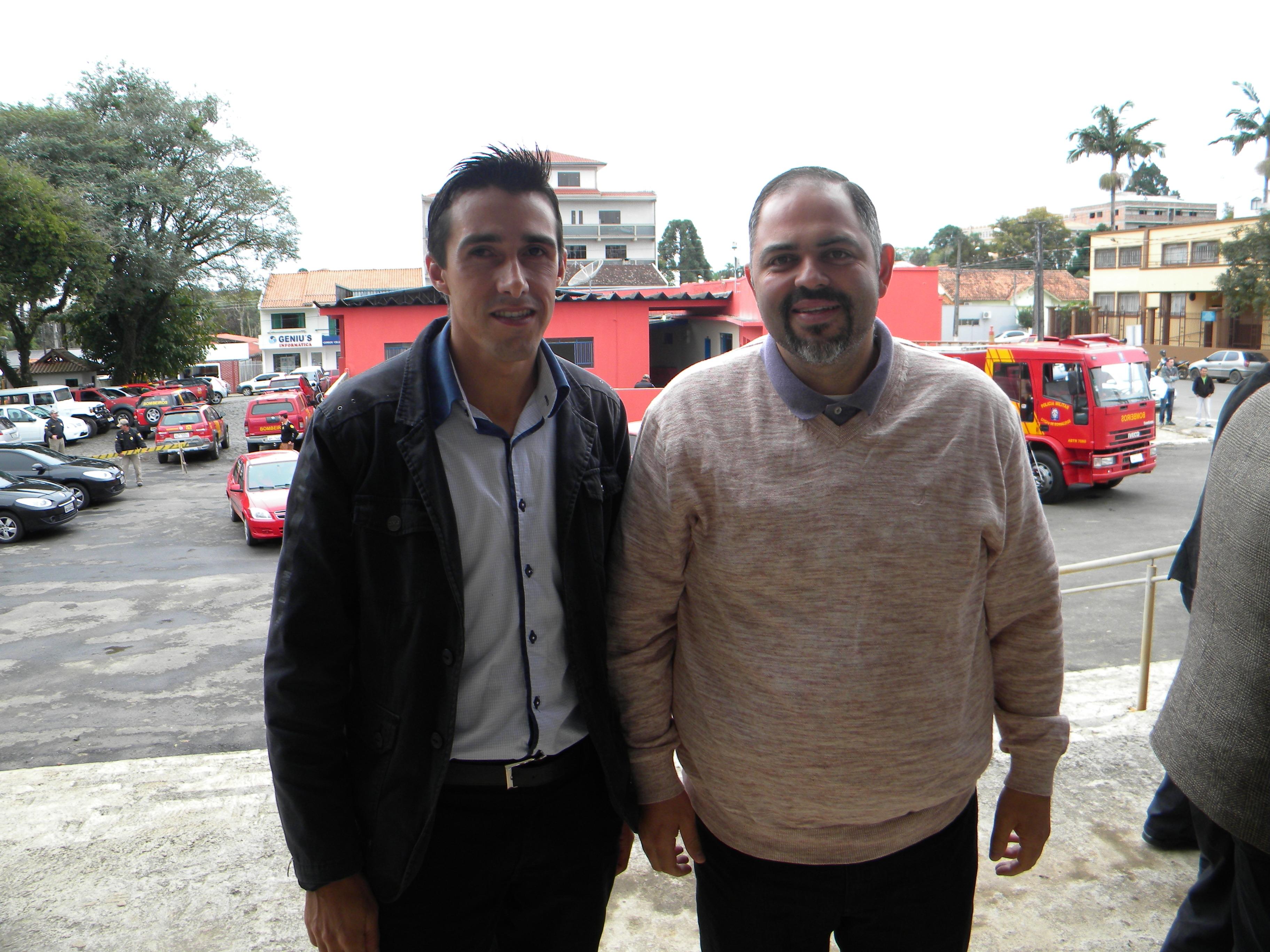 Vereador Rozalvaro Lopes Santana e o Secretário e Deputado Artagão Junior
