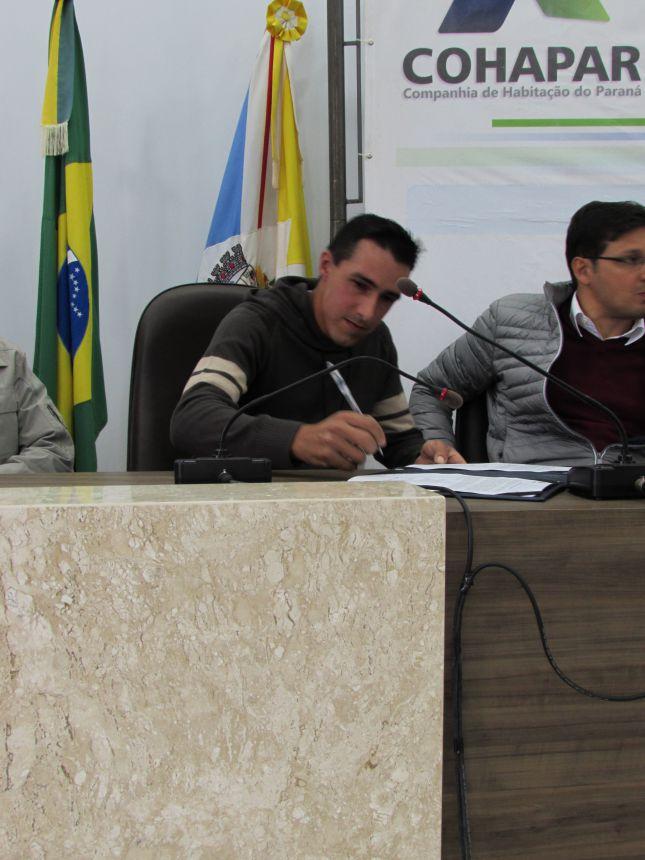 Câmara Municipal sedia assinatura de ordem de serviço para regularização fundiária.
