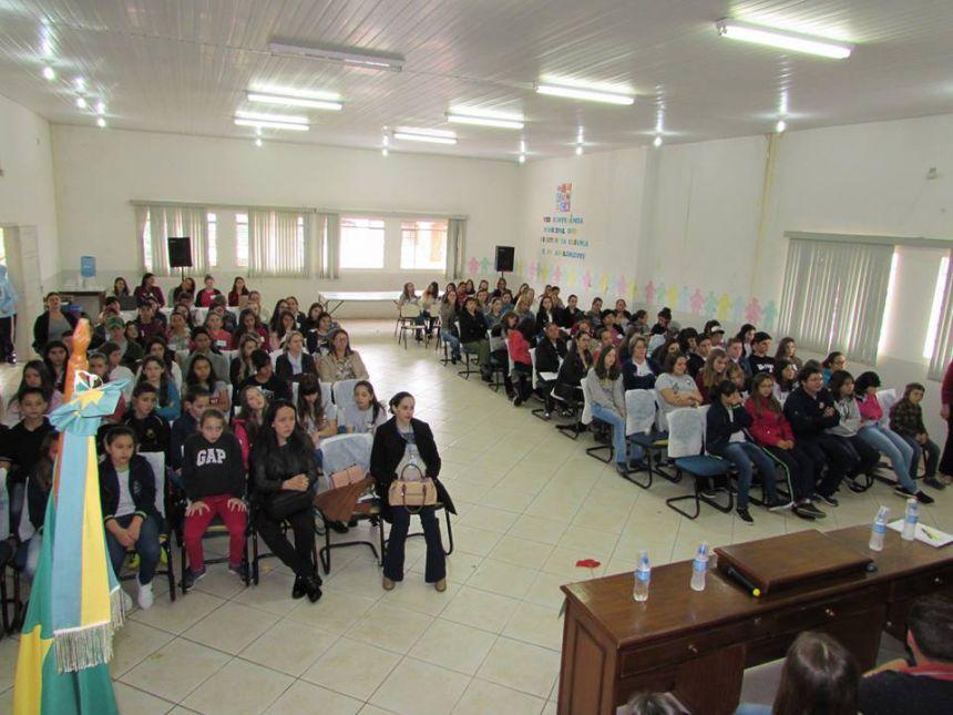 Presidente participa da VIII Conferência Municipal dos Direitos da Criança e do Adolescente.