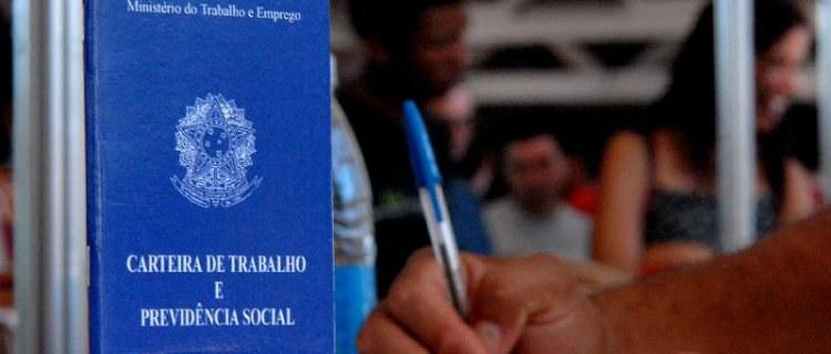 PNAD mostra queda na taxa de desemprego do País...