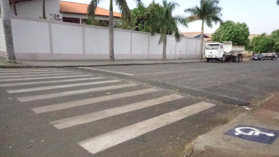 Prefeitura de Santo Inácio implanta novos Quebra Molas na cidade...