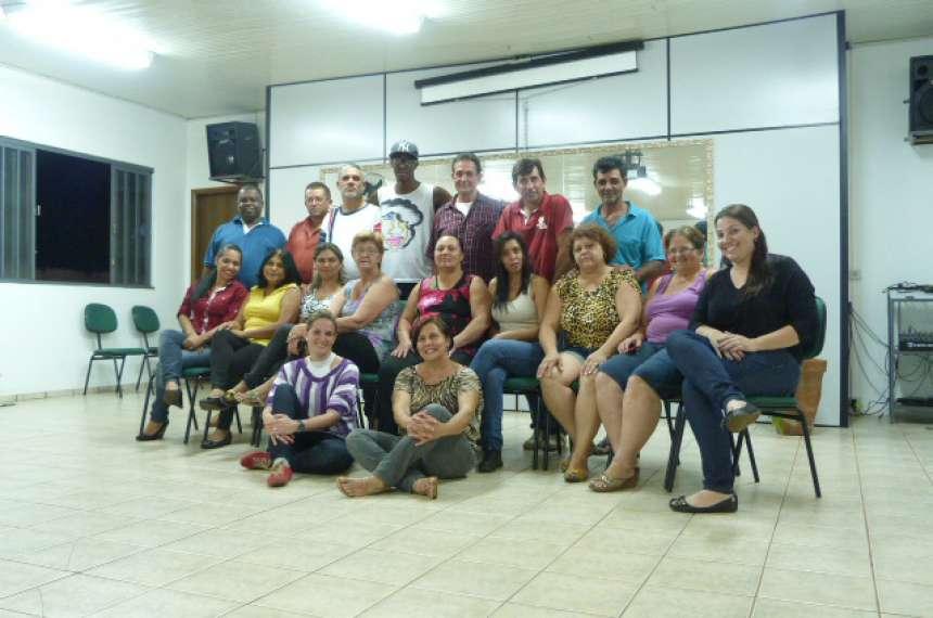 8 - Atividade_Grupo Dança de Salão