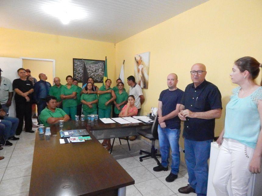 PREFEITA BRUNA CASANOVA ASSINA TERMO DE ADESÃO DE R$ 160 MIL PARA INVESTIR EM SINALIZAÇÃO VIÁRIA DE PRIMEIRO DE MAIO