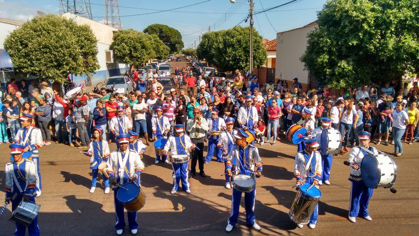 Secretaria de Educação e Administração Interina quer que Desfile Volte a ser Tradição em Primeiro de Maio
