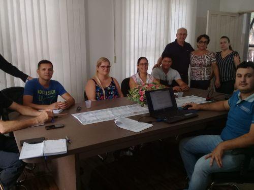 Reunião para implantação da Nota Fiscal Eletrônica no município de São João do Caiuá