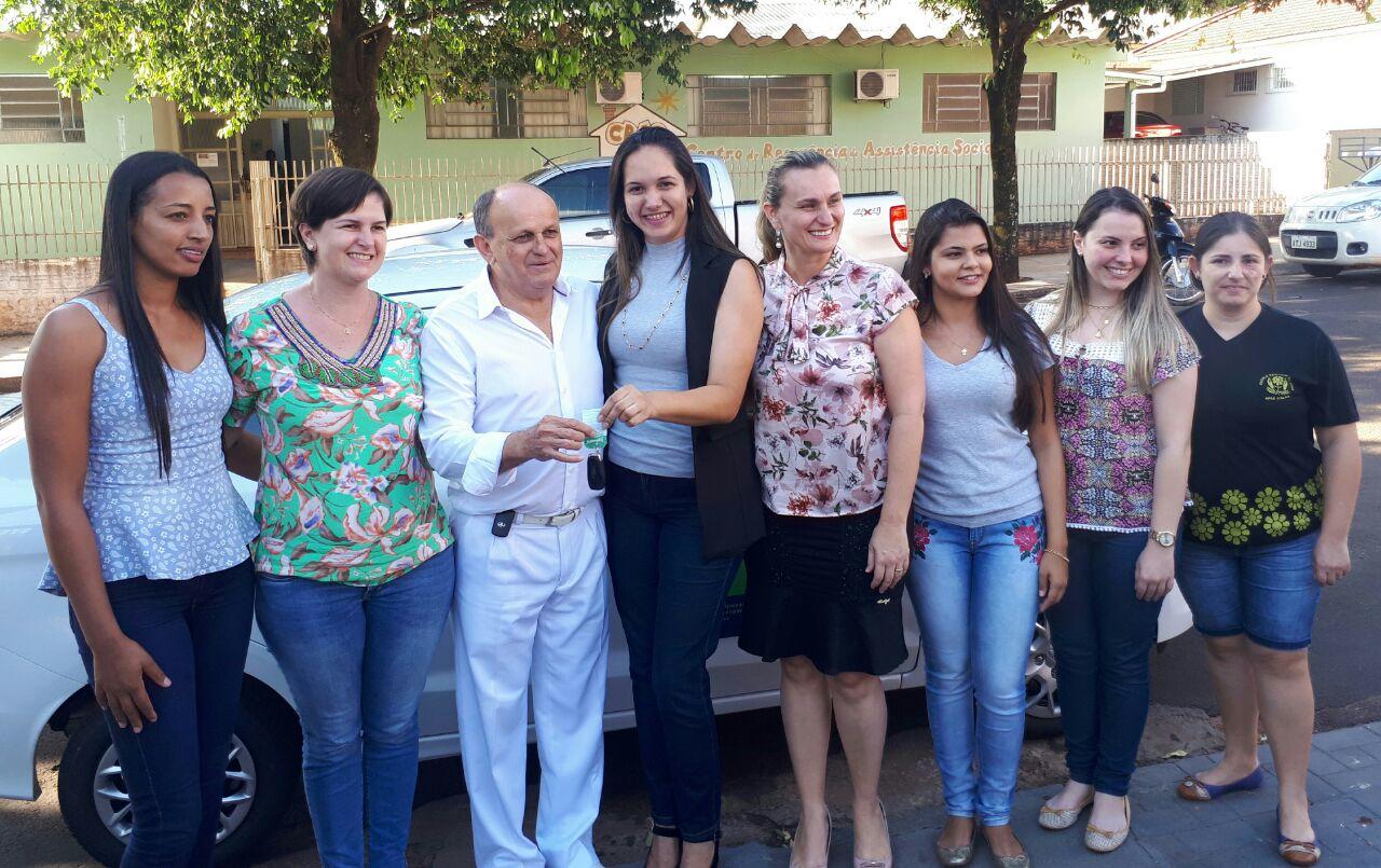 Secretaria de Assistência Social recebe veículo 0 KM