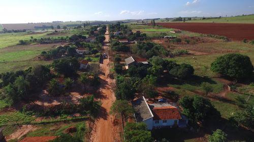 Estrada que dá acesso a Vila Rural de Flórida
