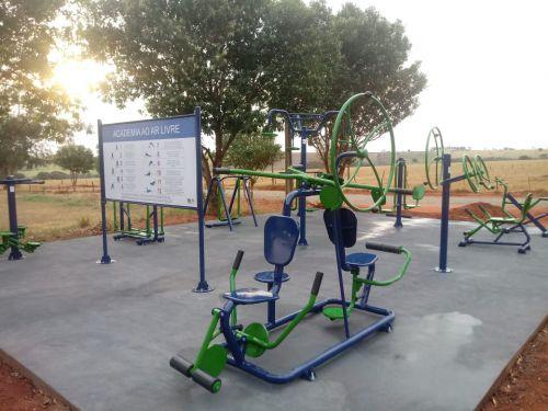 Vila Rural ganha Academia ao Ar Livre