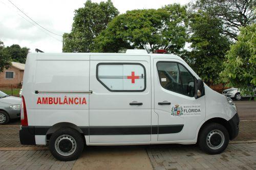 Município de Flórida recebe ambulância 0KM