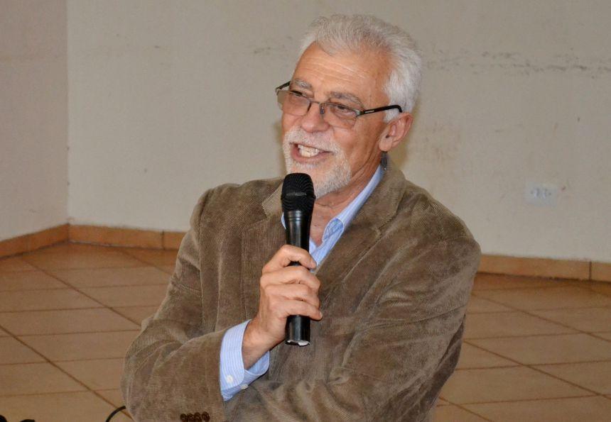 REDE DE ENSINO PARTICIPA DE PALESTRA COM O RENOMADO DR. FACION