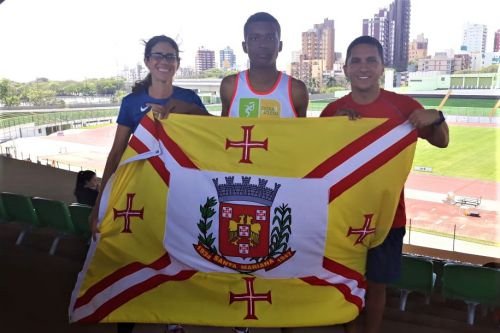 SANTA MARIANA É DESTAQUE NO ATLETISMO
