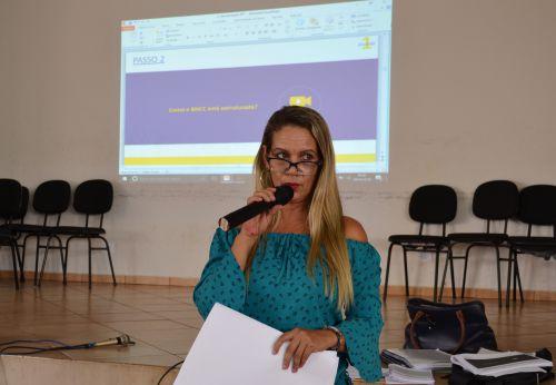 SANTA MARIANA DISCUTE SOBRE A BASE NACIONAL COMUM CURRICULAR - BNCC