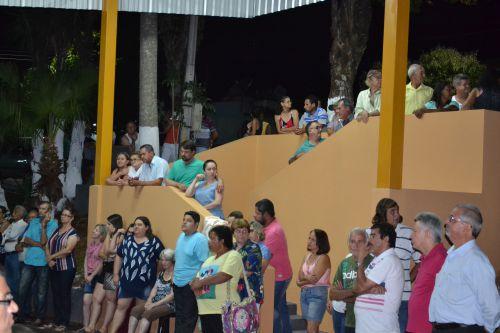 POPULAÇÃO RECEBE TERMINAL RODOVIÁRIO REFORMADO