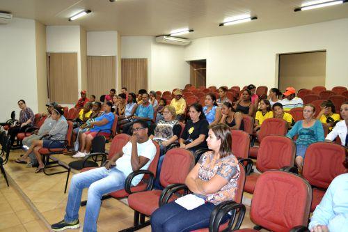 PREFEITURA PROPOEM CRIAÇÃO DE ASSOCIAÇÃO PARA O GERENCIAMENTO DE RESÍDUOS RECICLÁVEIS