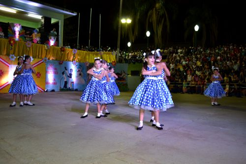 FESTIVAL DE DANÇAS FOLCLÓRICAS PROMOVE VIAGEM PELA CULTURA REGIONAL, NACIONAL E INTERNACIONAL