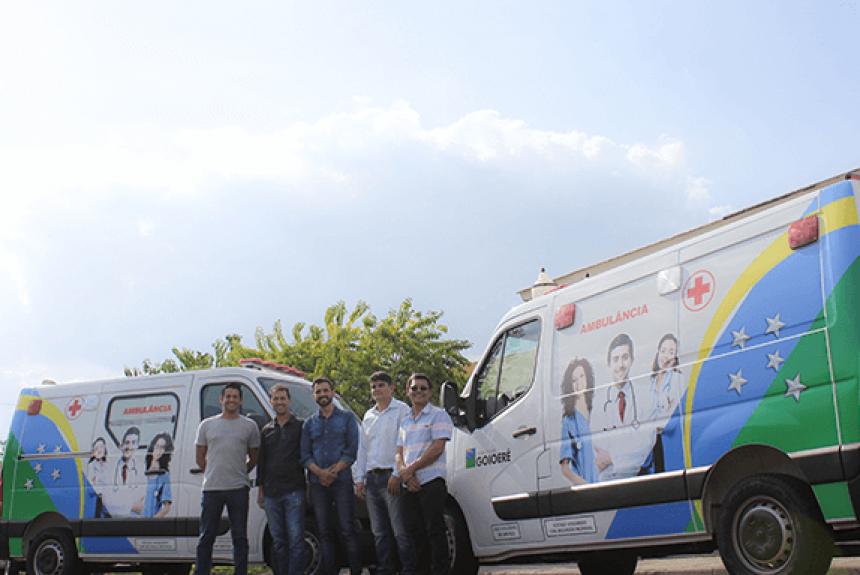 Prefeitura adquiriu duas ambulâncias através do Orçamento Impositivo da Câmara Municipal