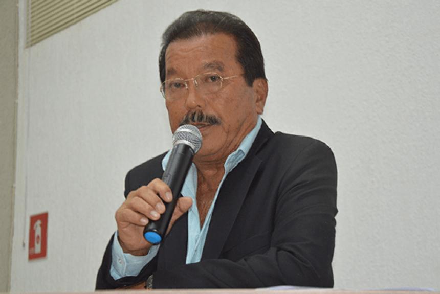Câmara Homenageou Dr. Eduardo Otani.