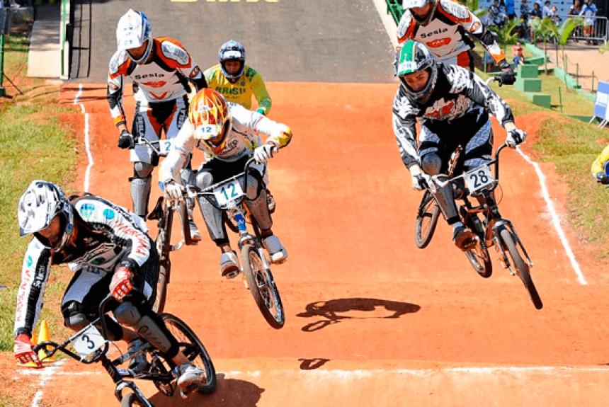 Vereadores cobram informações sobre pista de Bicicross