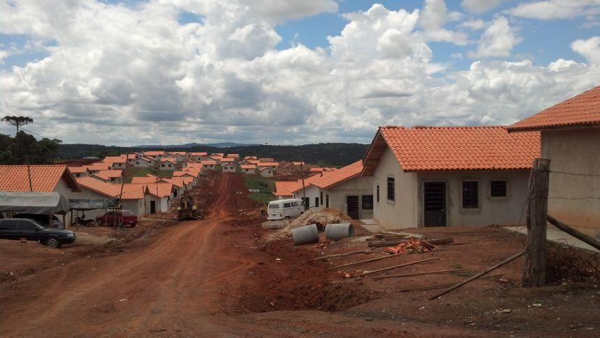 A Cohapar esta fazendo o cadastro de levantamento de demandas para possíveis construções de novas unidades de casas em Imbituva.