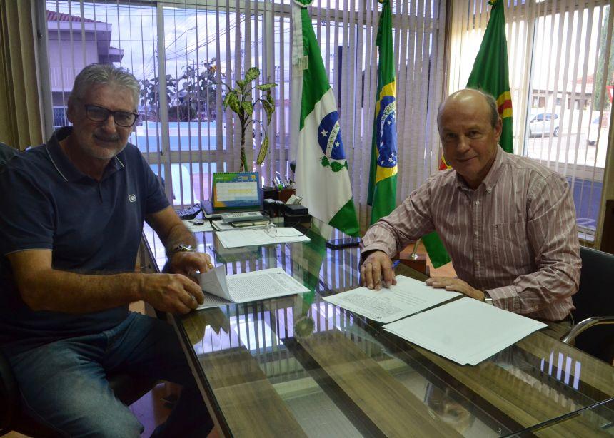 Assinada escritura pública de doação do Parque Ambiental de Imbituva